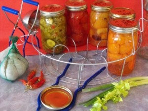 Cover photo for Canning Your Vegetables Safely