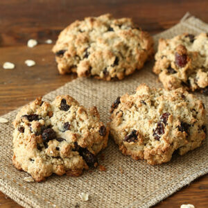 Oatmeal cookies on burlap